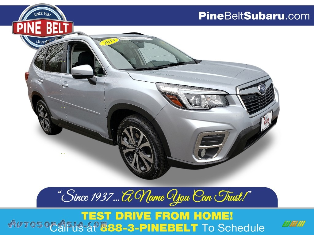 2019 Forester 2.5i Limited - Ice Silver Metallic / Black photo #1