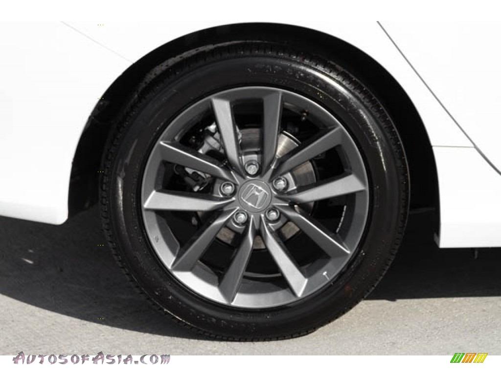 2020 Civic EX Sedan - Platinum White Pearl / Black photo #11