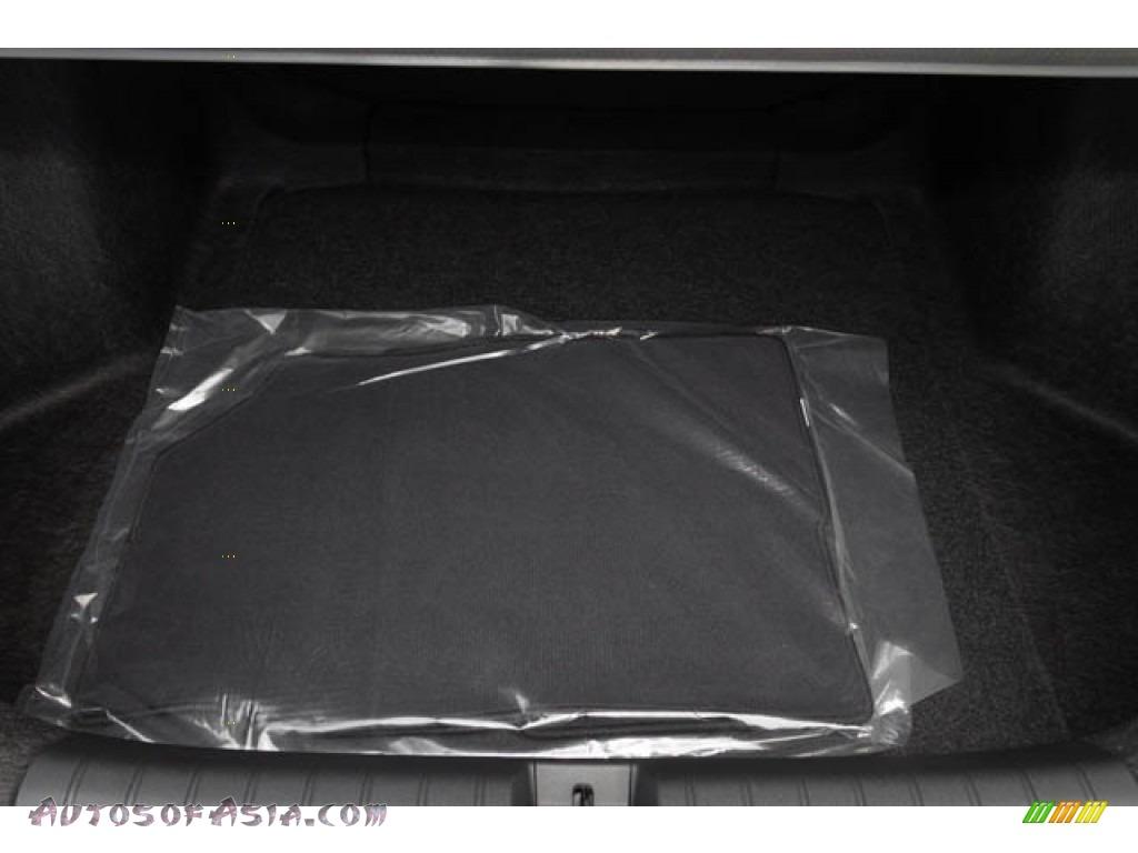 2020 Civic EX Sedan - Platinum White Pearl / Black photo #28