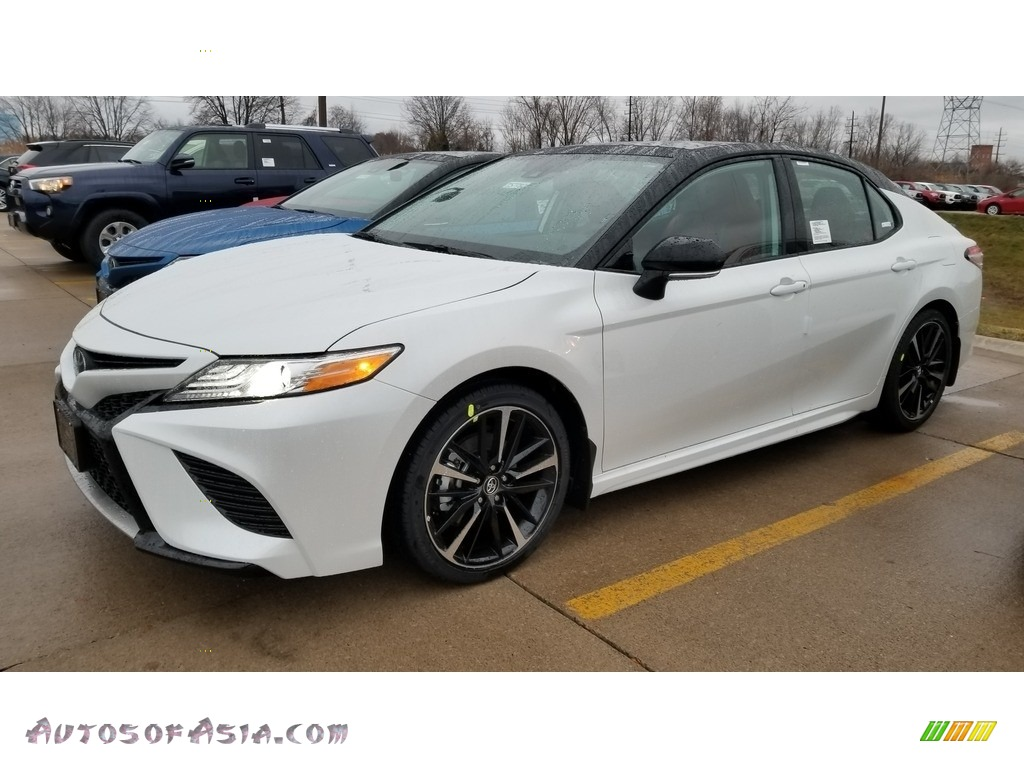 2020 Camry XSE - Wind Chill Pearl / Cockpit Red photo #1