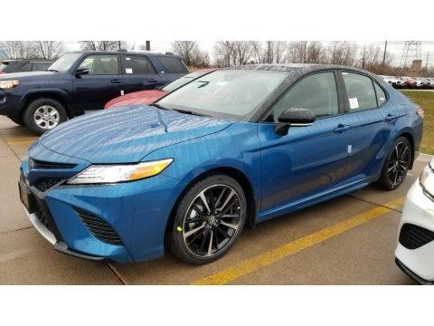 Blue Streak Metallic 2020 Toyota Camry XSE