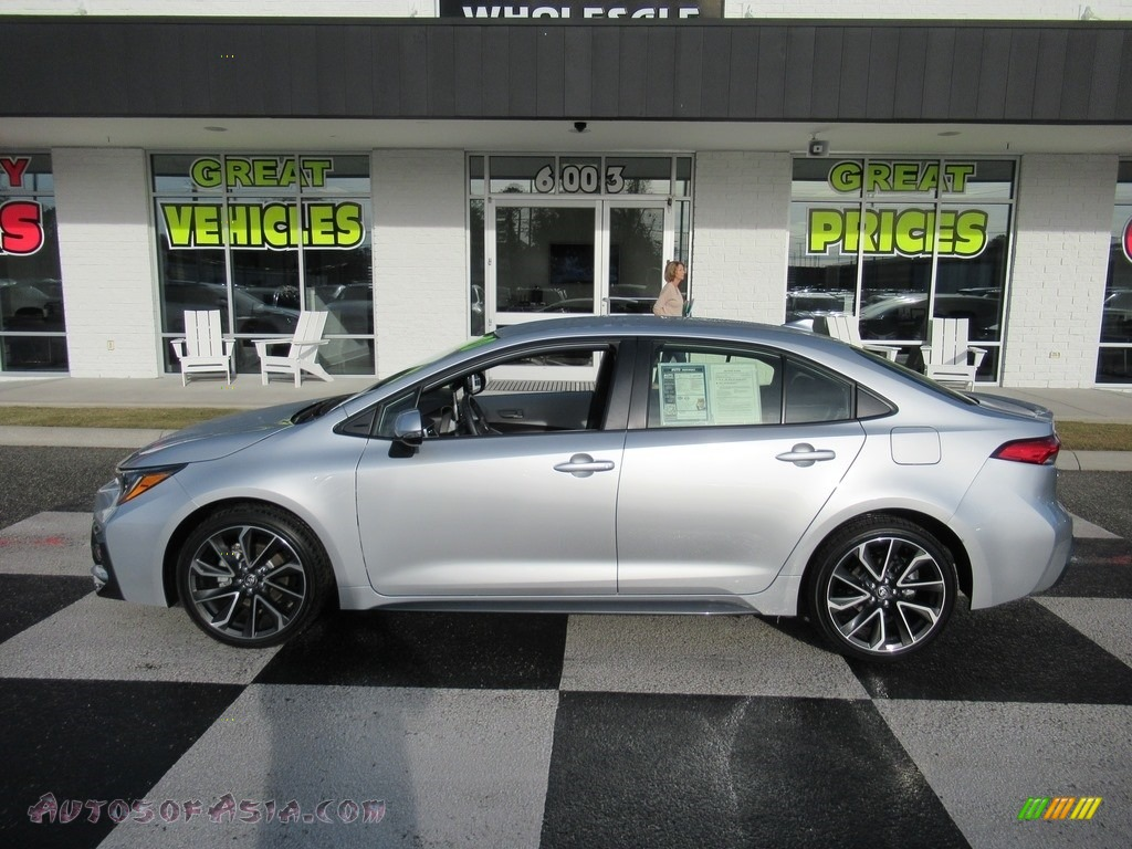 2020 Corolla SE - Classic Silver Metallic / Light Gray photo #1