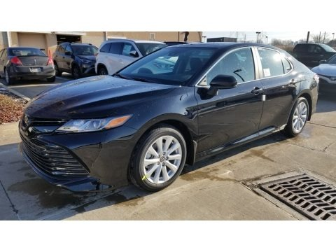Midnight Black Metallic 2020 Toyota Camry LE