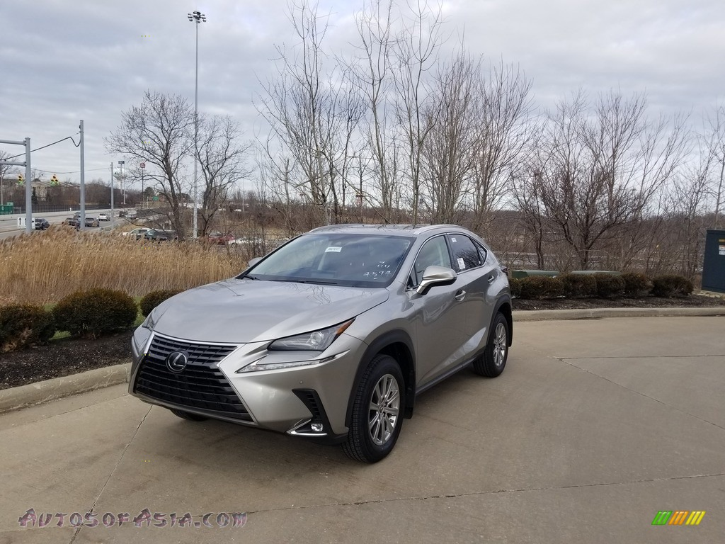 Atomic Silver / Rioja Red Lexus NX 300 AWD