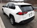 Toyota RAV4 LE AWD Super White photo #2