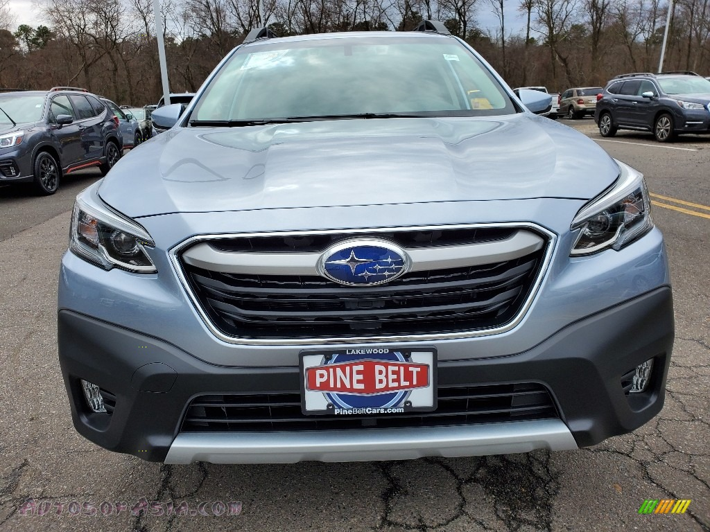 2020 Outback Limited XT - Ice Silver Metallic / Slate Black photo #3