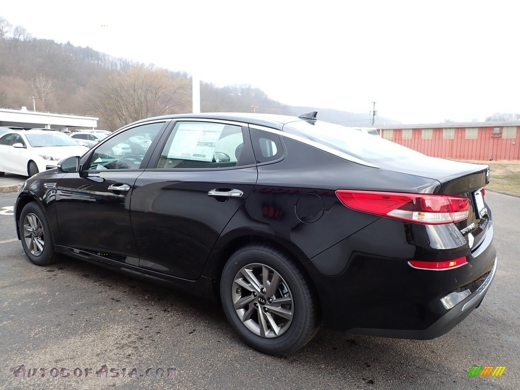 2020 Optima LX - Black / Black photo #5