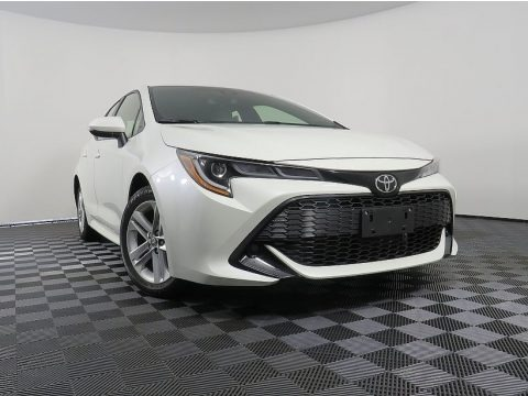 Blizzard White Pearl 2019 Toyota Corolla Hatchback SE