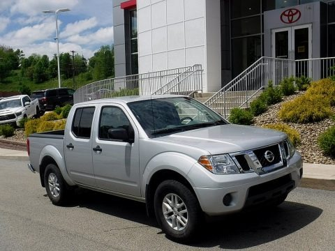 Brilliant Silver 2019 Nissan Frontier SV Crew Cab 4x4