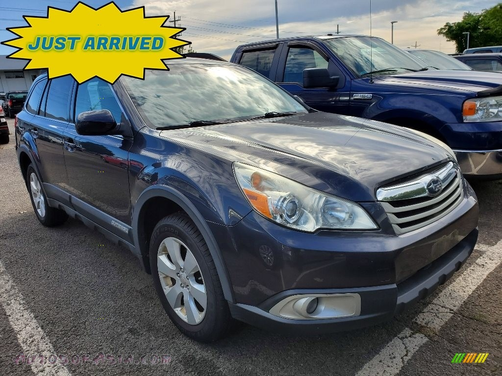 2012 Outback 2.5i Premium - Graphite Gray Metallic / Off Black photo #1