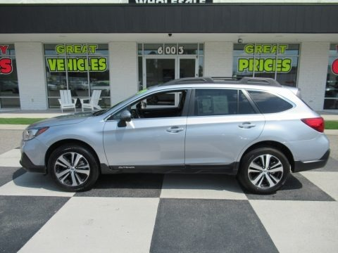 Ice Silver Metallic 2019 Subaru Outback 2.5i Limited
