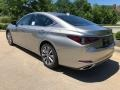 Lexus ES 300h Atomic Silver photo #4