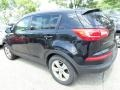 Kia Sportage LX AWD Black Cherry photo #3