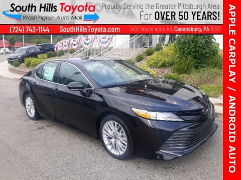 Midnight Black Metallic 2020 Toyota Camry XLE