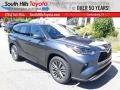 Toyota Highlander Platinum AWD Magnetic Gray Metallic photo #1