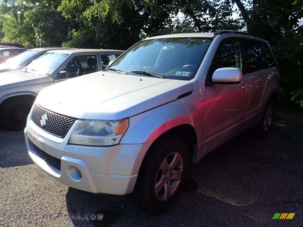 2006 Grand Vitara XSport 4x4 - Silky Silver Metallic / Black photo #1