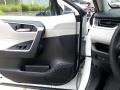 Toyota RAV4 XLE AWD Super White photo #7