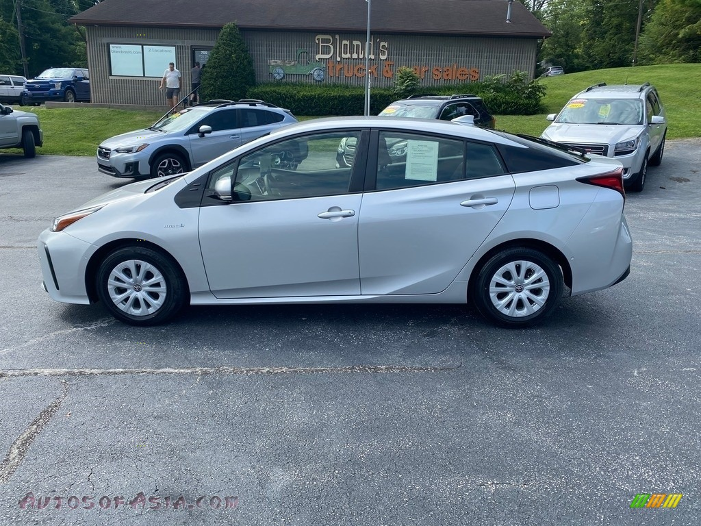 2019 Prius L Eco - Classic Silver Metallic / Black photo #1