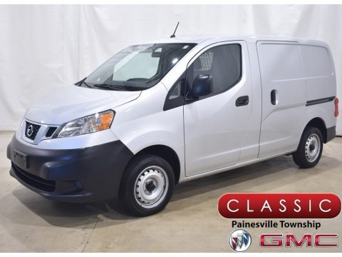 Brilliant Silver Metallic 2019 Nissan NV200 SV