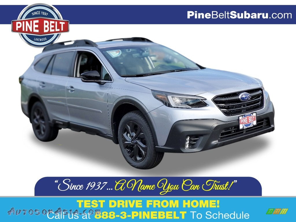 2020 Outback Onyx Edition XT - Ice Silver Metallic / Gray StarTex photo #1