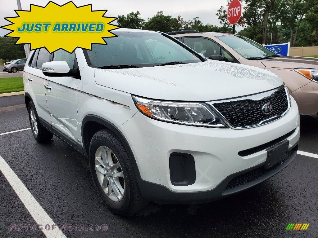 2014 Sorento LX AWD - Snow White Pearl / Black photo #1