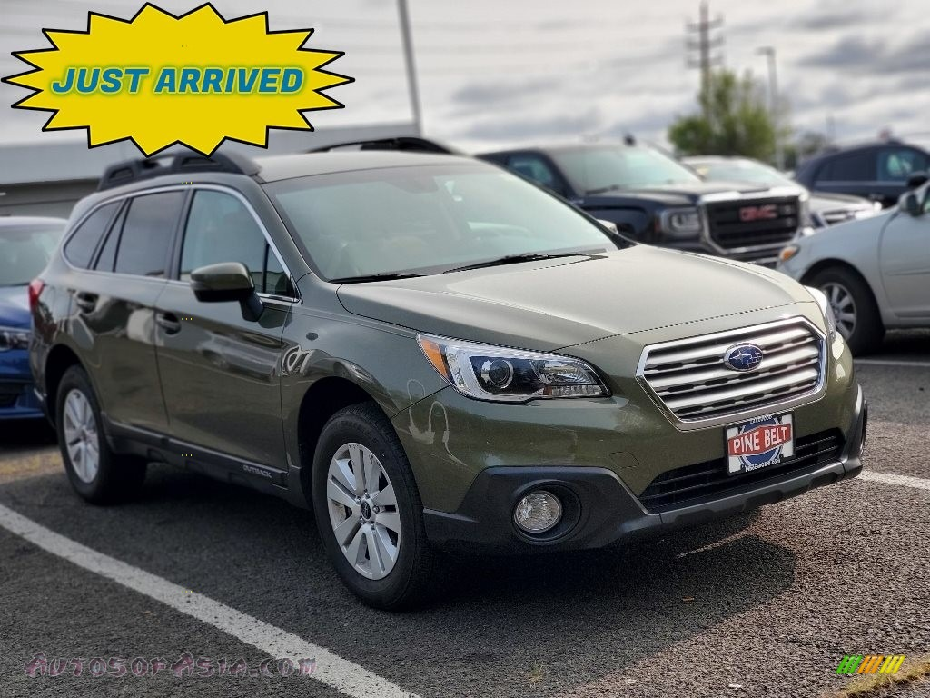 2017 Outback 2.5i Premium - Wilderness Green Metallic / Warm Ivory photo #1