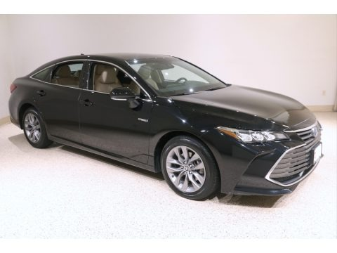 Midnight Black Metallic 2019 Toyota Avalon Hybrid XLE