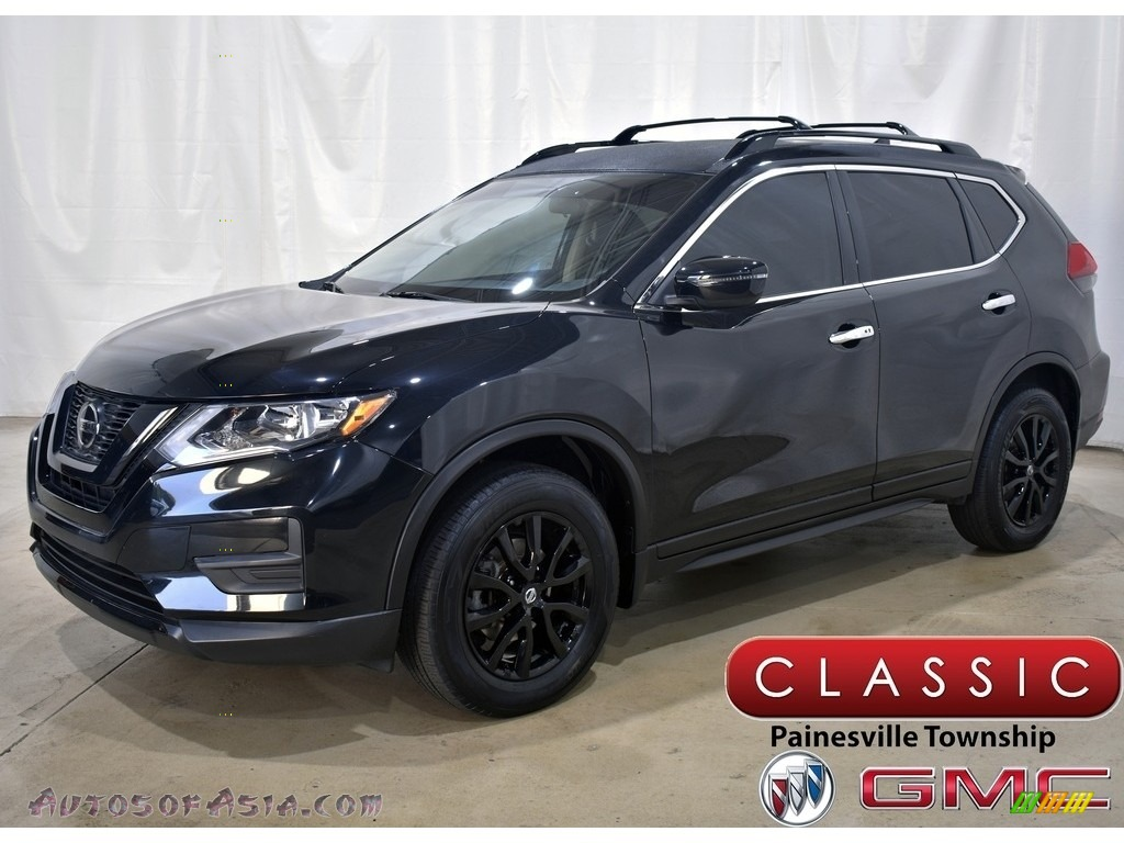 2018 Rogue S AWD - Magnetic Black / Charcoal photo #1