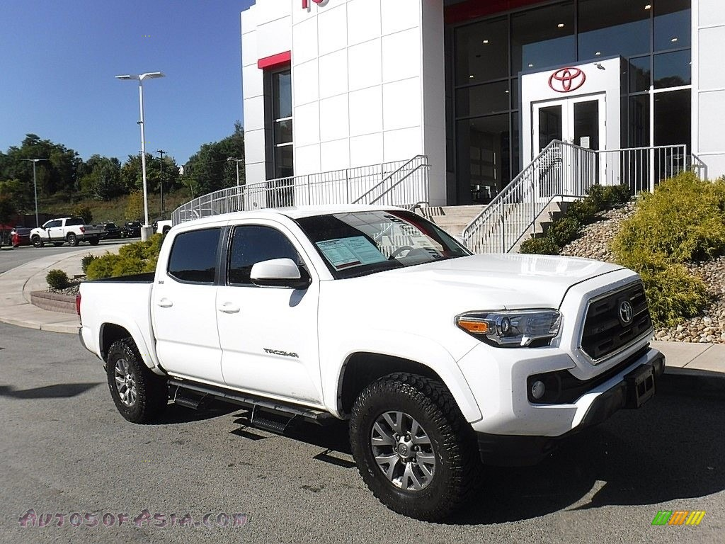 2017 Tacoma SR5 Double Cab 4x4 - Super White / Cement Gray photo #1