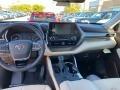 Toyota Highlander XLE AWD Blizzard White Pearl photo #4