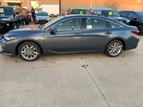 Coastal Gray Metallic 2021 Toyota Avalon XLE