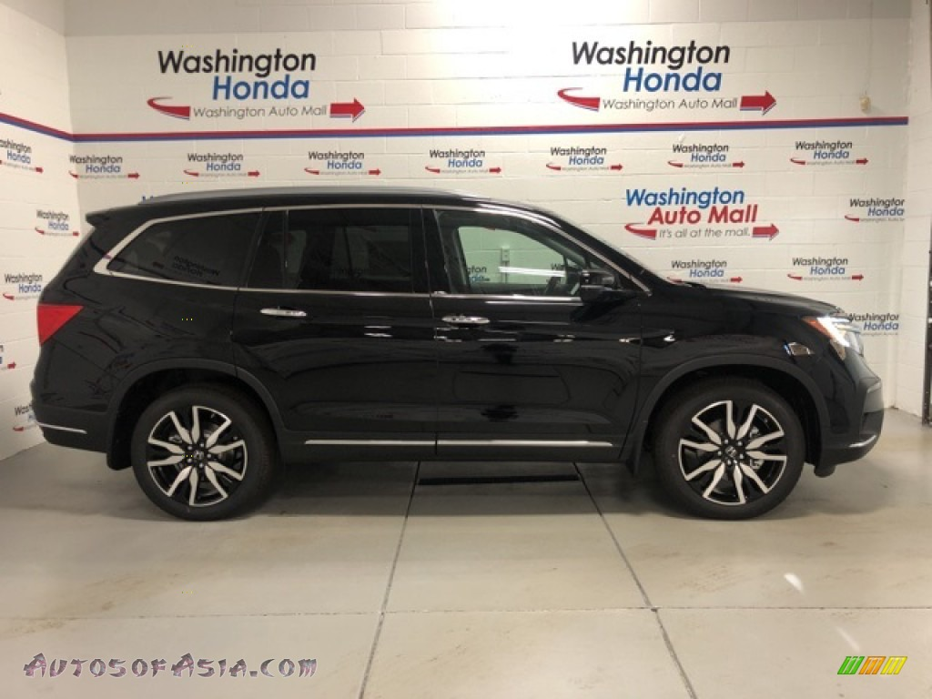 Crystal Black Pearl / Black Honda Pilot Elite AWD