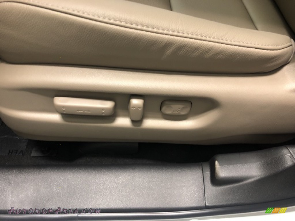 2021 Pilot EX-L AWD - Platinum White Pearl / Beige photo #11