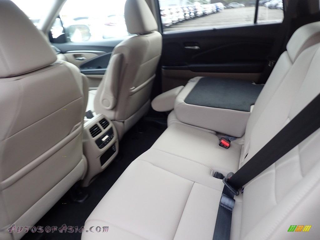 2021 Pilot EX-L AWD - Platinum White Pearl / Beige photo #9
