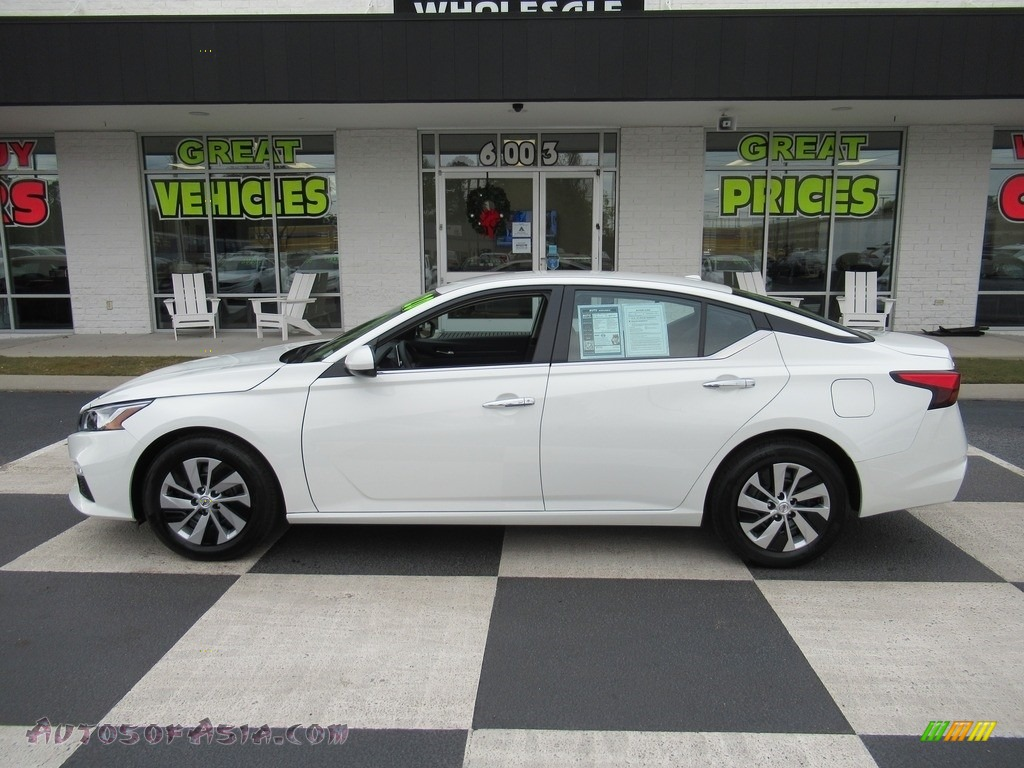 2020 Altima S - Glacier White / Charcoal photo #1