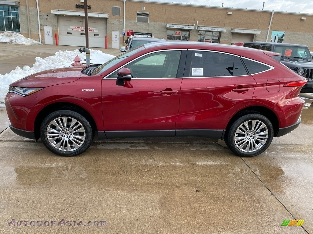 2021 Venza Hybrid XLE AWD - Ruby Flare Pearl / Boulder photo #1