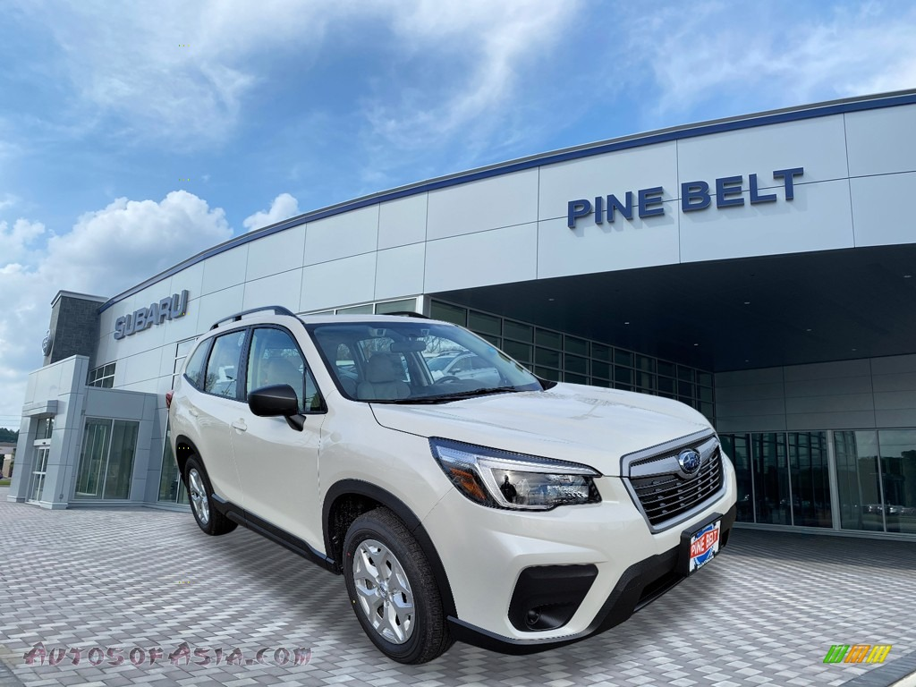 Crystal White Pearl / Gray Subaru Forester 2.5i