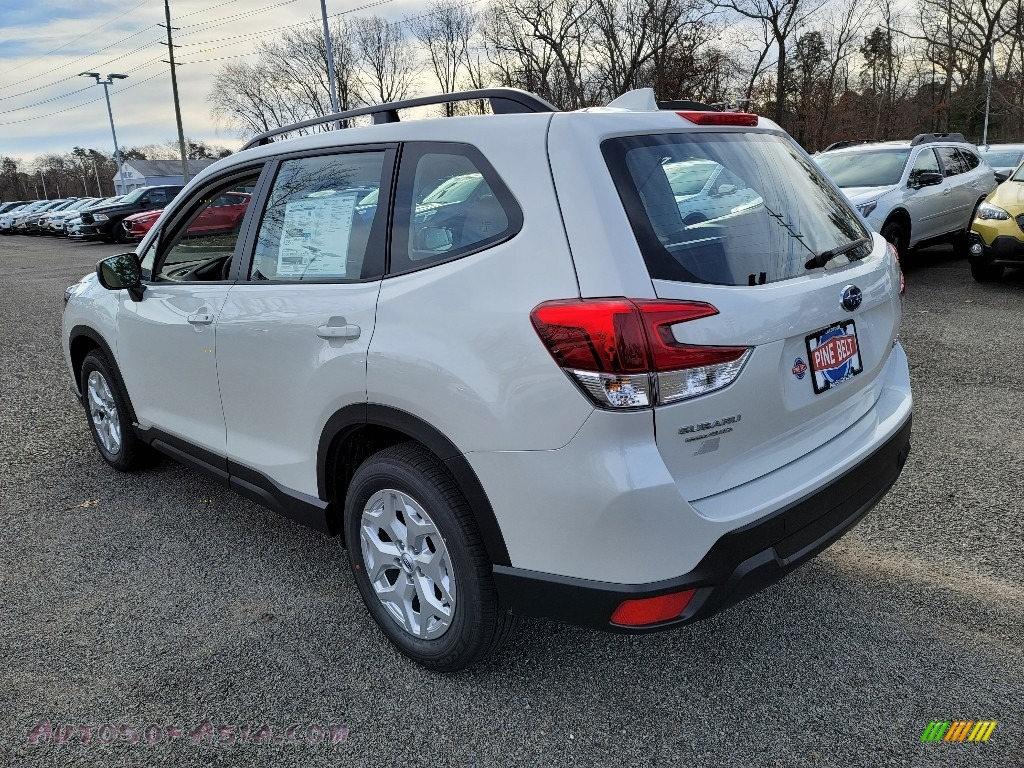 2021 Forester 2.5i - Crystal White Pearl / Gray photo #6