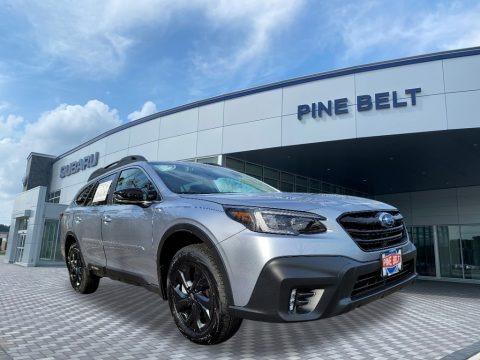 Ice Silver Metallic 2021 Subaru Outback Onyx Edition XT