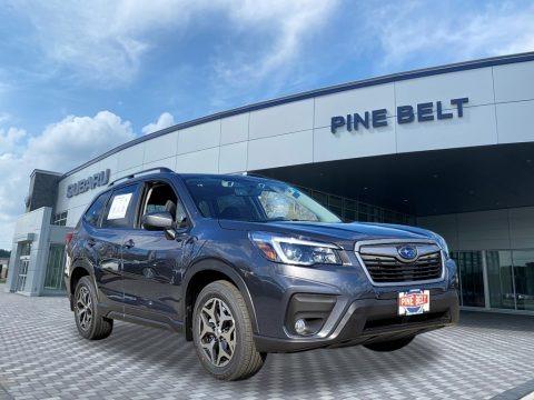 Magnetite Gray Metallic 2021 Subaru Forester 2.5i Premium
