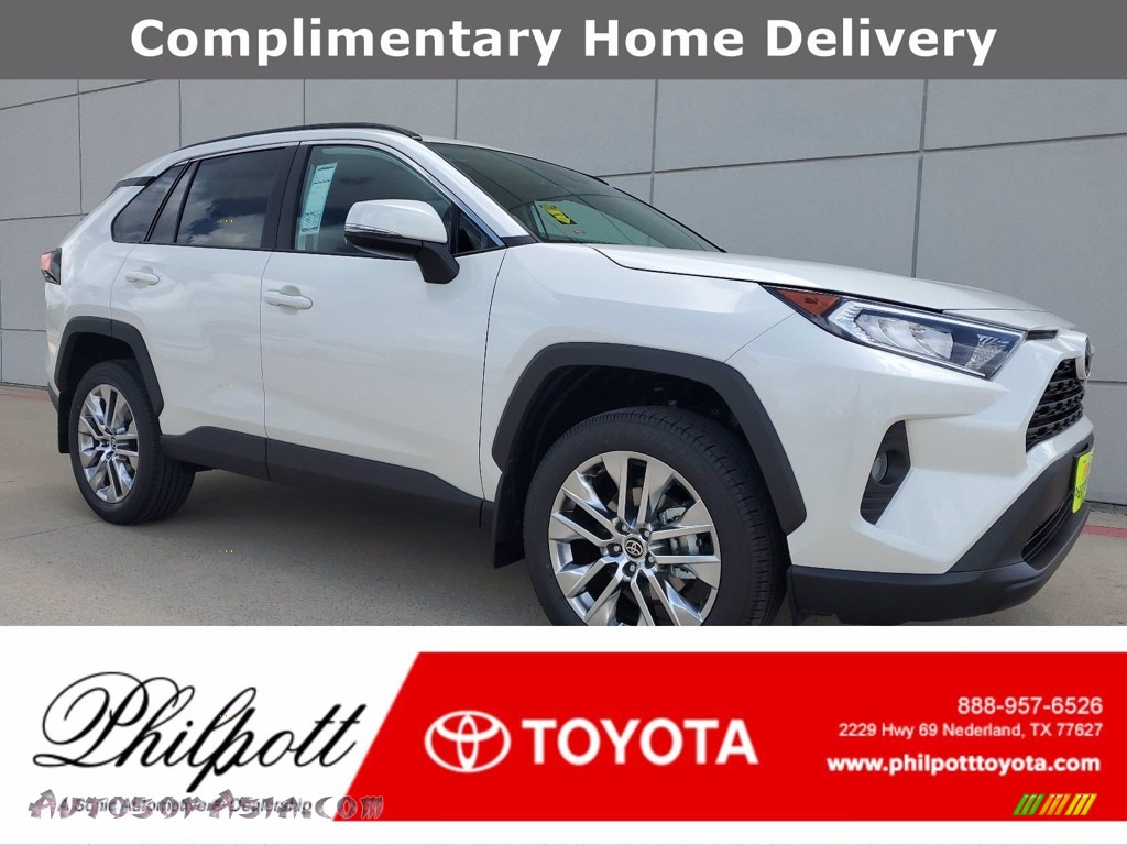 2021 RAV4 XLE Premium - Blizzard White Pearl / Black photo #1