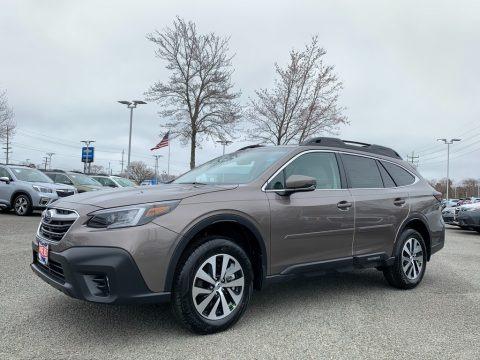 Brilliant Bronze Metallic 2021 Subaru Outback 2.5i Premium