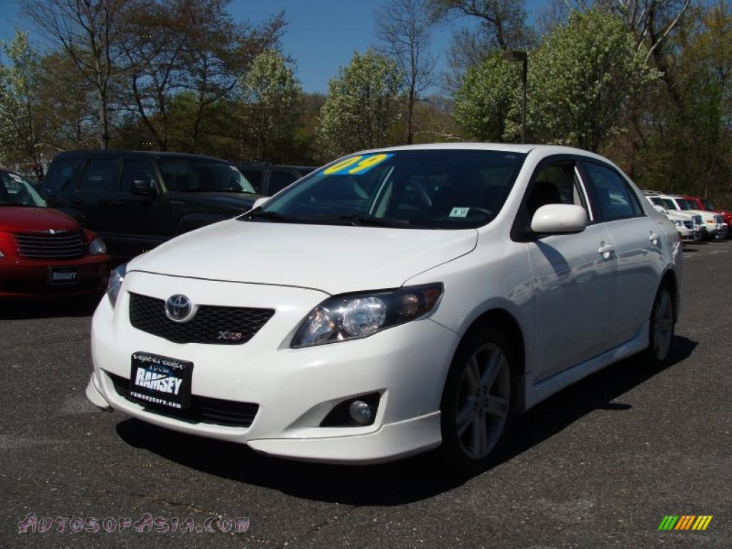 2009 toyota corolla xrs in super white photo 4 003365 autos of asia japanese and korean. Black Bedroom Furniture Sets. Home Design Ideas