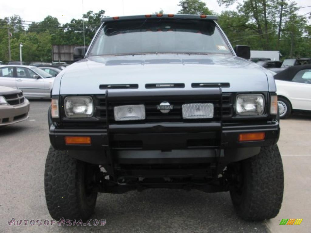 1990 nissan hardbody truck regular cab 4x4 in winter blue metallic 368354 autos of asia. Black Bedroom Furniture Sets. Home Design Ideas
