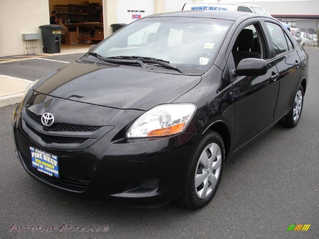 2008 Toyota Yaris Sedan In Black Sand Pearl Photo 7