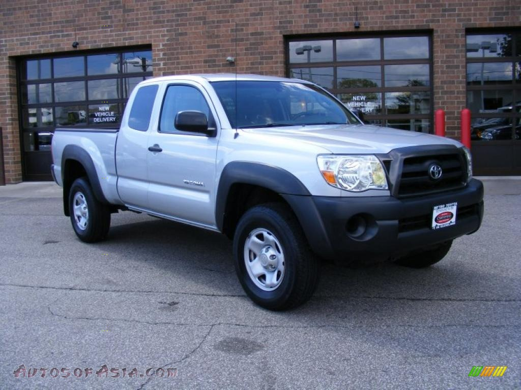 2005 toyota tacoma v6 access cab 4x4 in silver streak mica 114840 autos of asia japanese. Black Bedroom Furniture Sets. Home Design Ideas