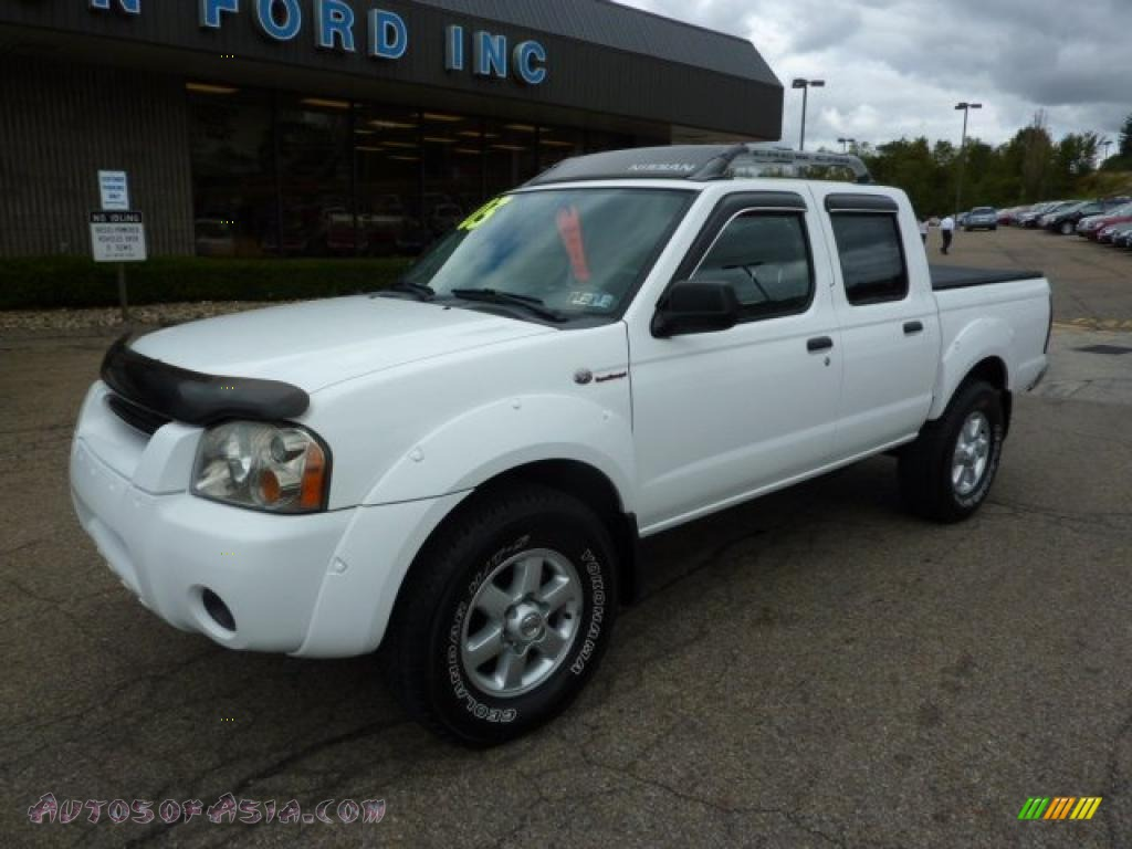 2003 Nissan Frontier SC V6 Crew Cab 4x4 in Avalanche White ...
