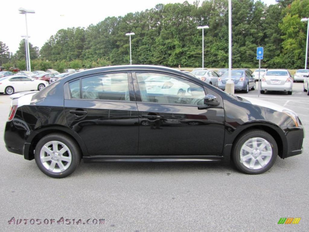A Crivelli Subaru >> 2011 Nissan Sentra 2.0 SR in Super Black photo #6 - 605966 | Autos of Asia - Japanese and Korean ...