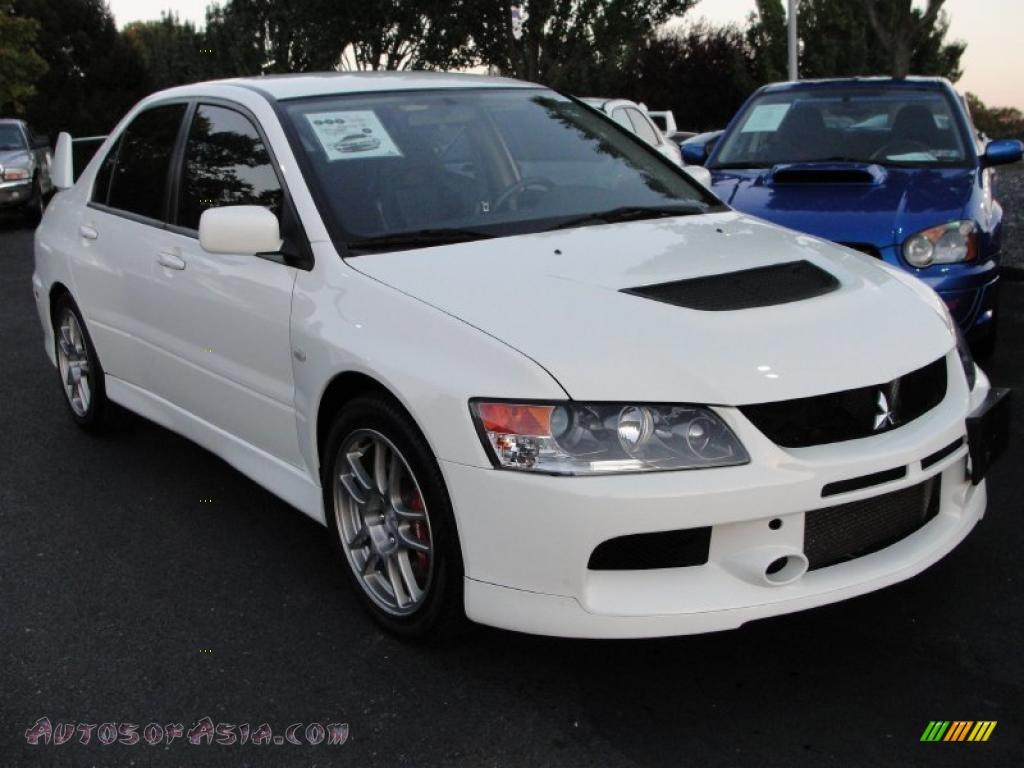 2006 Mitsubishi Lancer Evolution Ix In Wicked White