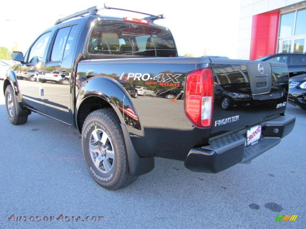 2011 nissan frontier pro 4x crew cab 4x4 in super black photo 3 407052 autos of asia. Black Bedroom Furniture Sets. Home Design Ideas